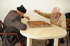 """5 - Two old men playing """"tawleh""""."""