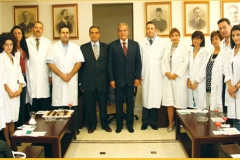 Administrative body and some doctors in a visit to the CCMS's President.